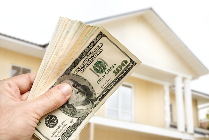 Is It Smart to Sell Your House to a Cash Buyer in St. Petersburg?