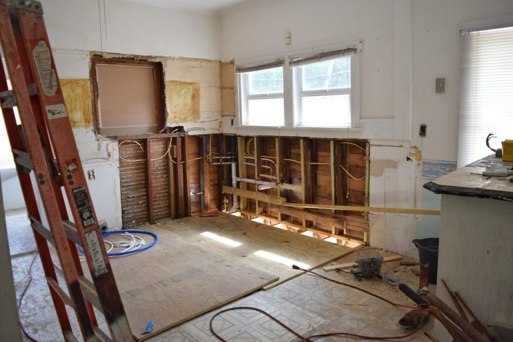 How to Sell a Home That Needs Repairs in St. Petersburg
